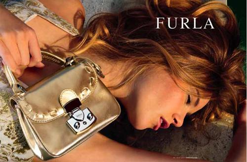 Выводить. по 100. по 10. по 20. по 50. сумки Furla.