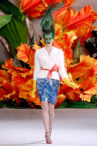 Смотреть Модные сапоги осень-зима 2010-2011 видео