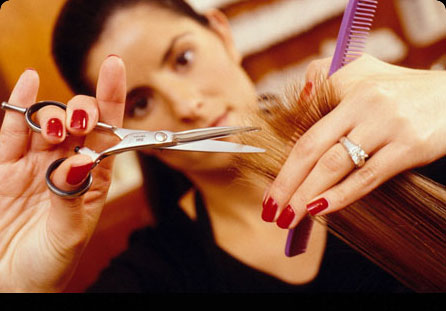 Как сделать стрижку на короткие волосы в домашних условиях