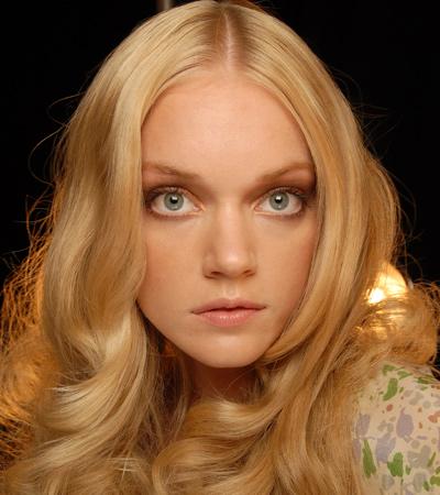 Фотки блондинок естественные