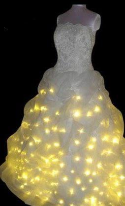 Ну что ж, экстравагантные свадебные платья в студию!