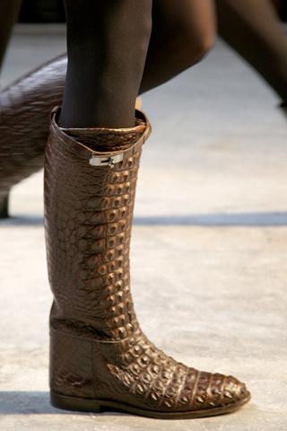 самом деле нарисованный сапог носить с этой обувью.