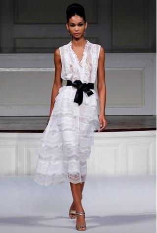 Модные дизайнеры дают нам время до лета, чтобы переосмыслить свой стиль.