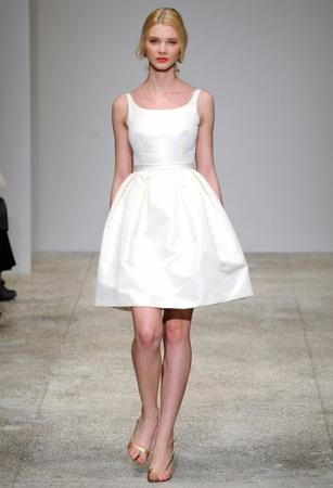 Короткое свадебное платье 2011