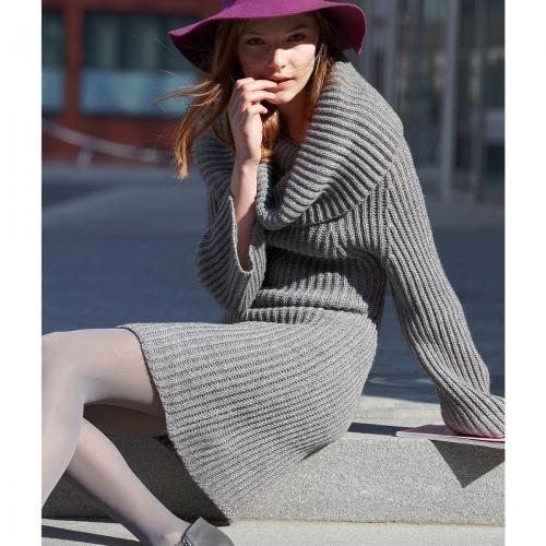 нас большим количеством модных моделей вязаных платьев