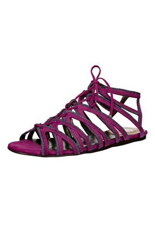 сандалии на плоской подошве от Роберто Кавалли - обувные тренды...